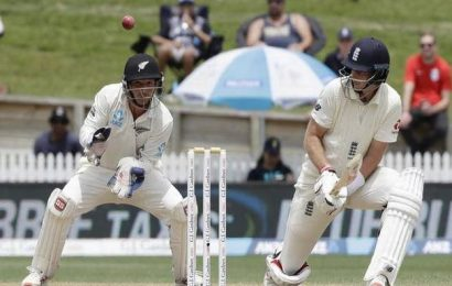 England pull ahead of New Zealand after Joe Root double ton