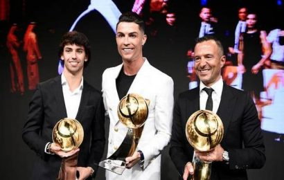Cristiano Ronaldo bags best men's player at Dubai Globe Soccer Awards