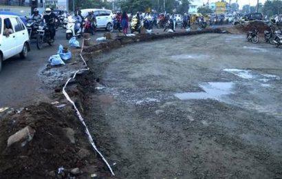 Widening of Pudukottai Road under way