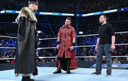 """WWE Smackdown Results, December 20: Daniel Bryan, The Miz and King Corbin battle to face """"The Fiend"""" Bray Wyatt at Royal Rumble"""