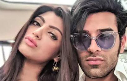 Bigg Boss 13: Paras Chhabra's girlfriend Akanksha calls him a liar, says he's made their relationship a joke