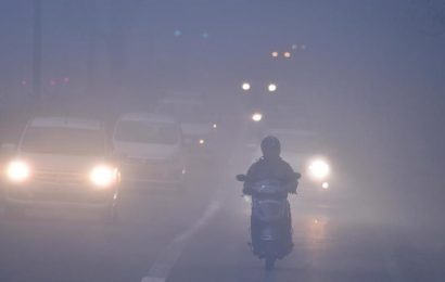 Cold, fog persist in Delhi; IMD says relief this week