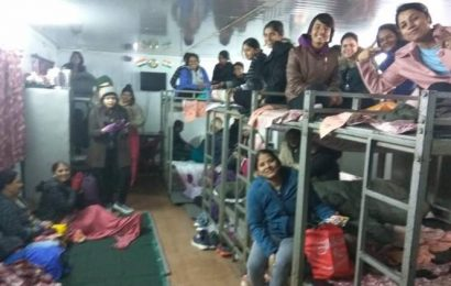 Army rescues around 1,500 stranded tourists near Nathu La Pass