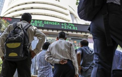 India's economy is sputtering, but its stock market powers ahead