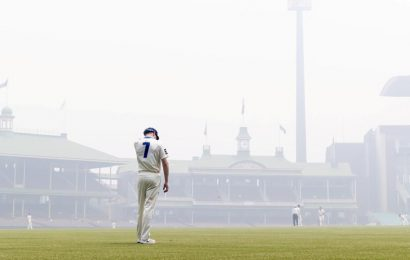 'Reminded me of playing in India, it was hard to breathe,' Air quality in Sydney concerns Australia's Usman Khwaja
