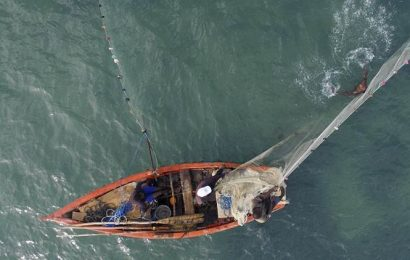 Two fishing boats intercepted in Mumbai, 10 arrested