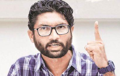 Jignesh Mevani suspended for defying Gujarat CM's resolution on Constitution
