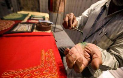 A peek into Kutchi cloth-printing