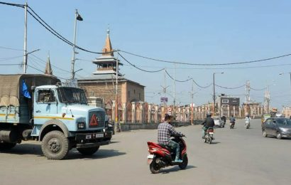 Kashmir economy suffered loss of Rs 17,878 cr in 4 months after Article 370 abrogation