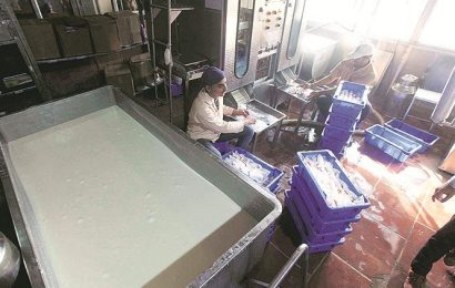 Price of packaged milk increased by Rs 2/litre: After onion, milk gets dearer from today