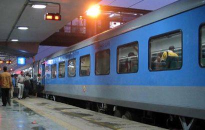 Railways' operating ratio of 98.44% in 2017-18, worst in last 10 years: CAG