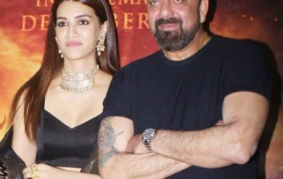 Sanjay Dutt on Kriti Sanon: She could easily be my 309th girlfriend | Bollywood Life