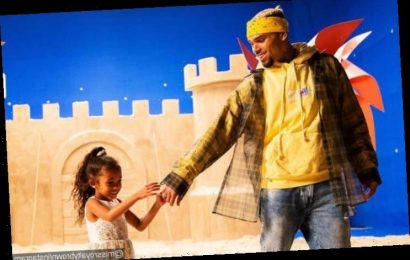 Chris Brown Gifts Daughter Royalty Stack of Cash for Christmas and Fans Are Loving It