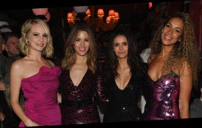Nina Dobrev, Candice King, & Kayla Ewell Reunited on New Year's Eve!