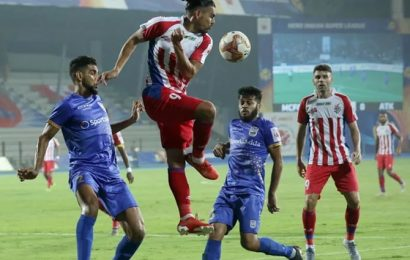Indian Soccer: Clinical ATK punish Mumbai; Churchill on top of table