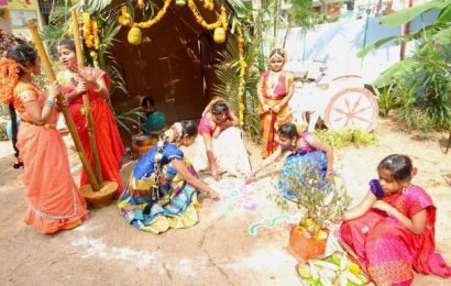 Schools hold celebrations to ring in Sankranti in Ongole