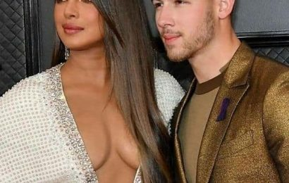 Priyanka Chopra gets thoughtful about 'love and hate' after her revealing dress at 2020 Grammys creates hullabaloo | Bollywood Life