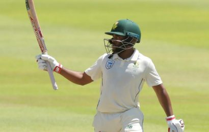 Four players called up to bolster beleaguered South Africa