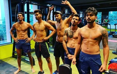 Rohit mercilessly trolls Chahal's shirtless picture