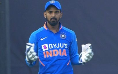 Kohli hints Rahul to continue as India keeper in NZ T20s