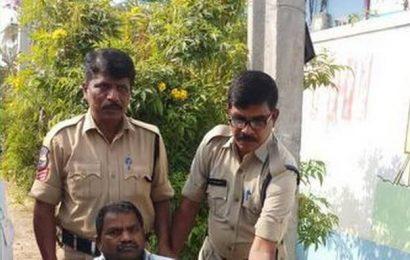 Police turn Good Samaritan