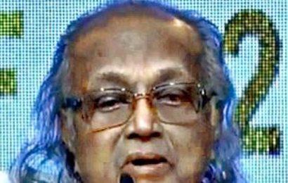 Dr. S. Krishnaswamy honoured at Mumbai film fest