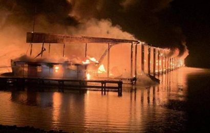 At least 8 killed in marina boat dock fire: Alabama fire chief