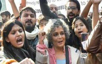 Arundhati Roy visits Jamia, donates books to students