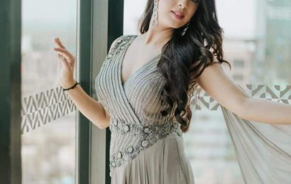 Gandii Baat: Garima Jain reveals she refused to do a frontal-nudity scene in the show and opted for a hot-kissing scene instead | Bollywood Life