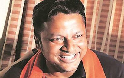 Kolkata: Man says BJP leader Hazra beat him at pub