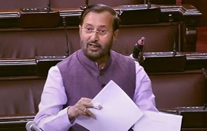 Govt approves 2,636 new charging stations in 62 cities: Javadekar