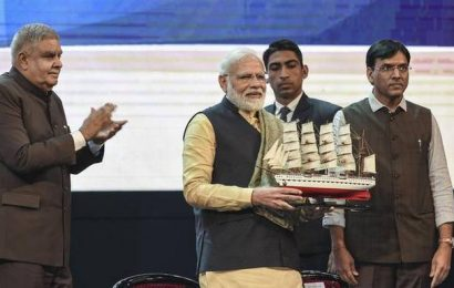 PM Modi takes a dig at Mamata, asks why would Bengal implement schemes with no 'cut money'