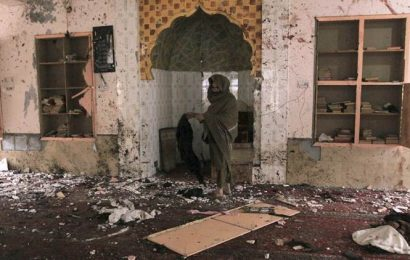 Death toll in Pakistan mosque suicide bombing rises to 15