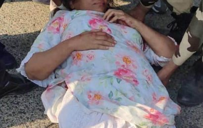 शबाना आजमी की कार का मुंबई-पुणे एक्सप्रेस-वे पर हुआ एक्सीडेंट, गंभीर रूप से घायल हुईं अदाकारा