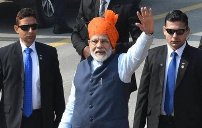 Republic Day celebrations: PM Modi breaks security protocol