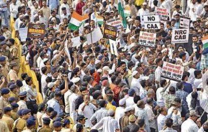 Pinarayi Vijayan, Amarinder Singh build anti-CAA momentum, Amit Shah says won't budge