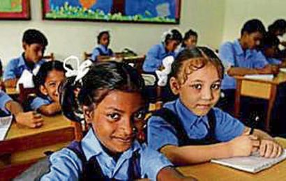 Govt to explore pvt partnership to raise learning standards