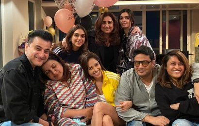 Farah Khan was in her 'nightie' when she got epic birthday surprise from Nushrat Bharucha and Diana Penty. See pics