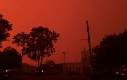 'Health of players, fans and staff a priority': Australian Open organisers on bushfire smoke