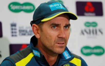 Justin Langer gives Australian training cap to 80-year-old fan – Watch