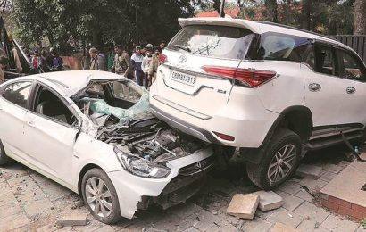Chandigarh: 25-year-old man suffers seizure while driving, hits two parked cars