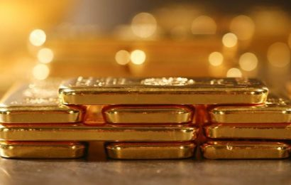 Gold futures fall Rs 182 to Rs 39,648 per 10 gm