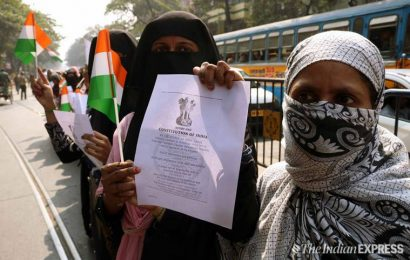 Women shouldn't hit streets against CAA, raise slogans or clench fists: Sunni Muslim cleric in Kerala