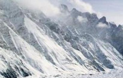 Avalanche strikes army post in Jammu and Kashmir's Machil, three soldiers killed