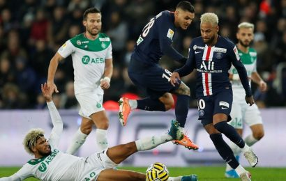 Mauro Icardi on fire as PSG demolish St Etienne in League Cup