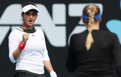 Sania Mirza completes dream comeback with doubles title in Hobart