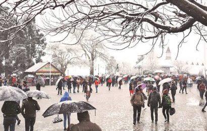 Fresh snow, rainfall in Himachal Pradesh