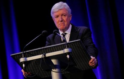 BBC boss Tony Hall to step down ahead of talks over financing model with British government