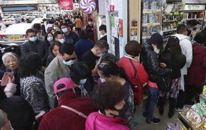 Coronavirus | Hong Kong cuts air, ferry links with China