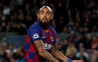Alturo Vidal's lawsuit against Barcelona won't affect status in team, says Ernesto Valverde